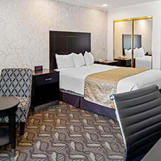 QUEEN BED ROOM AT Riverleaf Inn Mission Valley HOTEL