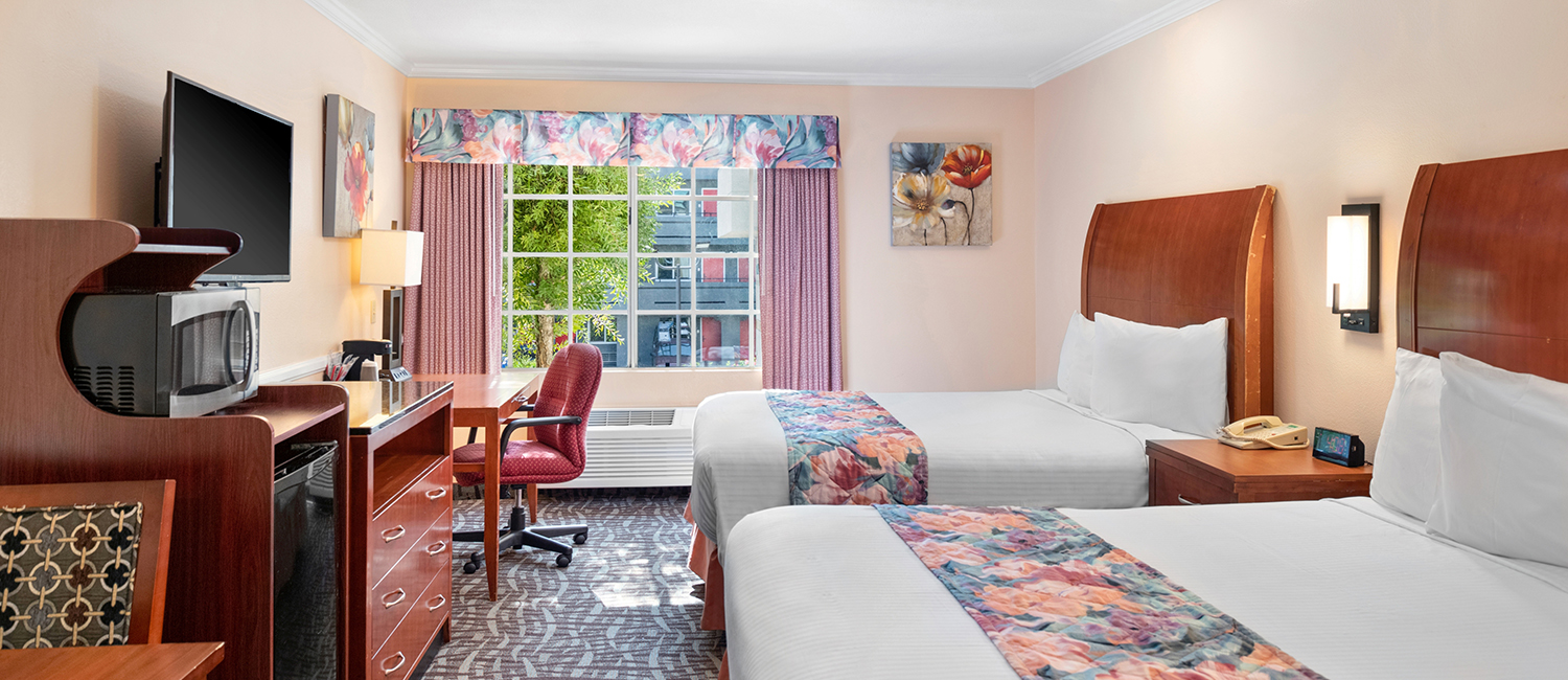 SELECT FROM WIDE RANGE OF GUEST ROOMS DESIGNED FOR COMFORT AND RELAXATION
